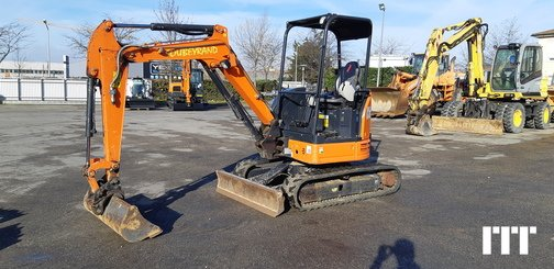 Mini pelle Hitachi ZX26U - 15